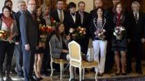 Politici blahopřáli olympionikům, Soukalová dorazila pozdě