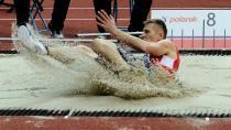 Na úvod tři medaile: Juška má senzační stříbro, Prášil a Klučinová berou bronz