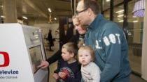 Ta velká bedna, to je vážně televize? O výstavu mají zájem děti i dospělí!