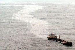 Olej unikající z tankeru Prestige