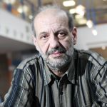Bezdomovecký moderátor Emil Jíra