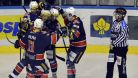 V duelu vedouc�ch t�m� usp�li hokejist� Chomutova