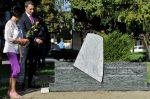 Pomník obětem letecké havárie u jezera Zlaté písky