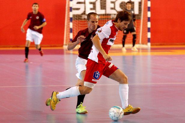 Derby vyhrála Slavia. Musela však předvést závěrečný obrat