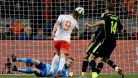 Island remizoval 1:1 v Estonsku, Nizozemci porazili �pan�ly