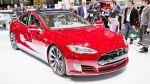 Tesla Model S na autosalonu v Ženevě 2015