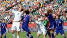 Japonky cht�j� obh�jit titul proti nepr�st�eln� obran� USA
