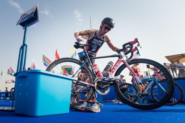 Frintová si doběhla v triatlonu pro stříbro v premiéře závodu SP ve Varech