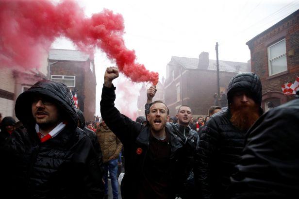 Římané řádili v Liverpoolu. Fanoušek Reds je po napadení v kritickém stavu