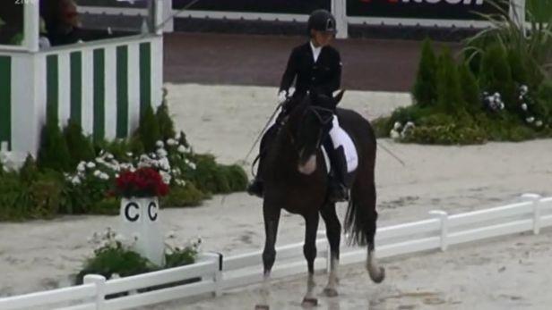Jezdkyně Vištalová si udržela naději na finále, na úvod byla dvaadvacátá