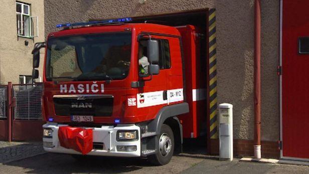 V�chodo�e�t� dobrovoln� hasi�i dostali nov� auta