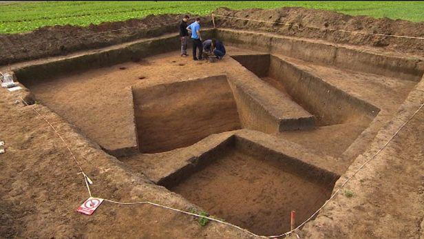 U Hradce Kr�lov� na�li archeologov� �esk�