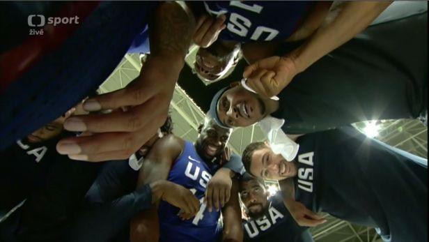 Američtí basketbalisté potřetí v řadě berou zlato
