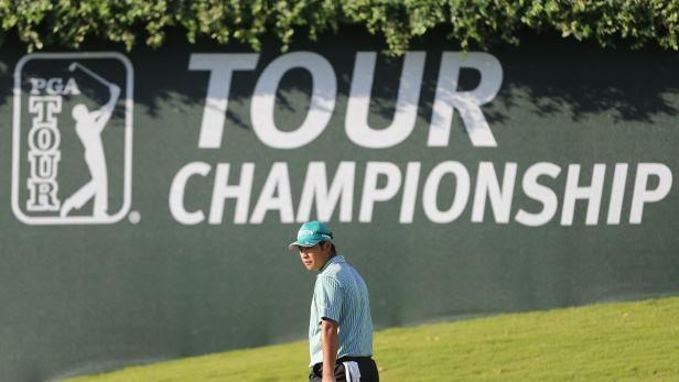 �IV�: Johnson a Chappell sv�d� souboj o Tour Championship