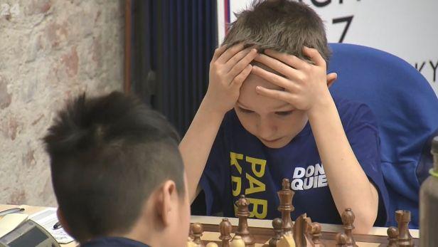 Na Olympiádě dětí a mládeže se tancuje a hrají se i šachy