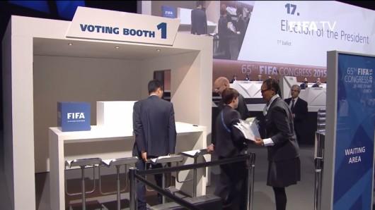 Volební budky na kongresu FIFA Zdroj: FIFA